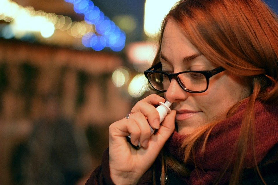 Jak se zbavit rýmy? Vyzkoušejte osvědčené babské rady
