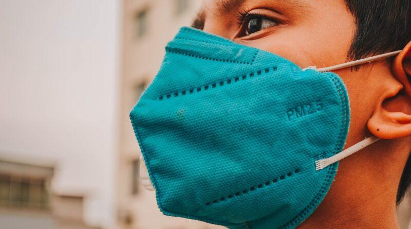 Největší mýty týkající se koronaviru aneb co si lidé myslí a není pravda